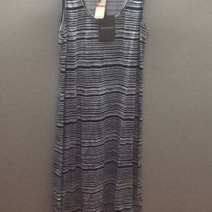 New with tags Tommy Bahama stretchy dress